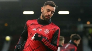 Manchester United Players Disagree With Fans Over Bruno Fernandes