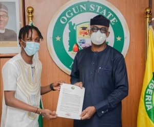Ogun Governor Appoints Laycon Youth Ambassador Of Ogun State, Gives Him House, Cash