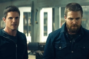 Code 8: Part II – Robbie & Stephen Amell's Sci-Fi Thriller Sequel Lands at Netflix