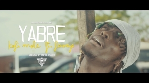 Kofi Mole Ft. Fameye – Yabre (Music Video)