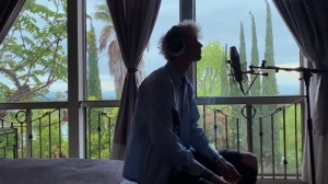 Machine Gun Kelly – In These Walls (Music Video)