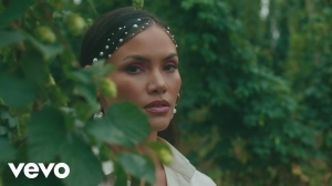 Sinead Harnett - Stickin Ft. Masego & VanJess (Video)