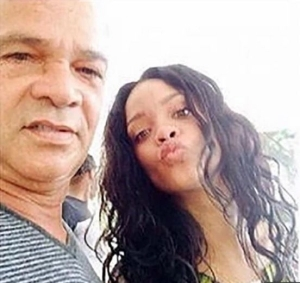 Revealed! What Rihanna Did After Her Father Contracted The Coronavirus