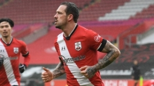 Southampton striker Ings eager to hear from