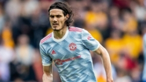 Cavani blow as Man Utd call in rookie keeper for Young Boys trip