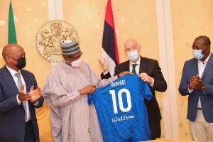 Buhari Meets FIFA President, Gets Number 10 Jersey (PHOTOS)