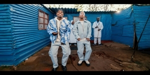 Blaq Diamond – Messiah ft. Dumi Mkokstad (Video)