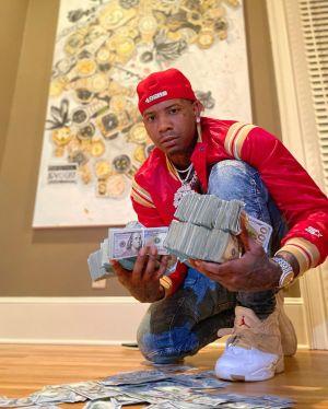 Moneybagg Yo Ft. Big 30 – Boffum
