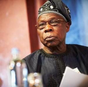 Former Nigerian President, Olusegun Obasanjo Shows Off His Dance Step (Video)