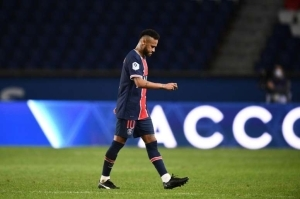 PSG Support Neymar Over Racial Abuse
