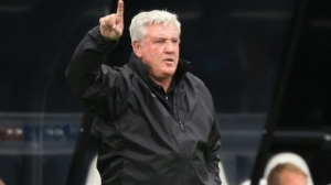 Newcastle manager Bruce defends Cup elimination