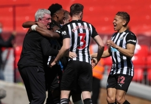Newcastle troll Liverpool with savage eight-word tweet after rescuing draw