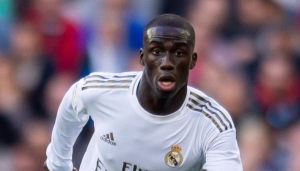 Boost for Chelsea as Real Madrid star expected to miss the first leg through injury