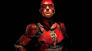 The Flash Director & Producer Tease Bruce Wayne In New Photos