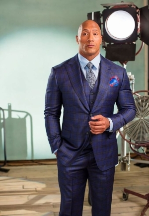 American-Canadian Actor Dwayne Johnson Biography & Net Worth 2020 (See Details)