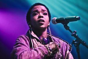 Lauryn Hill - Feeling Good (Nina Simone Tribute)