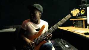 Mallam T Bass x Yemi Alade – Johnny