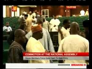Video : Senate President, David Mark 'Slapped' In National assembly