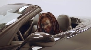 Lady Donli – Rockstar Parole  (Video)