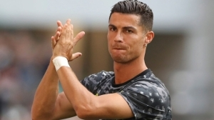 Ronaldo reacts to calls for Solskjaer to be sacked