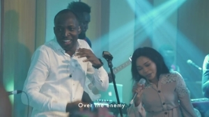 Dunsin Oyekan – The Advantage (Video)