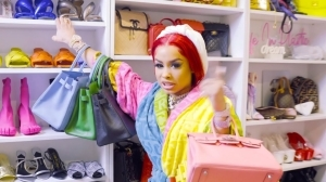 DreamDoll - Different Freestyle (Video)