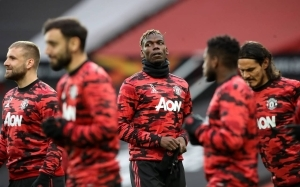 Man United could be forced into selling star after ten years of service to fund Paul Pogba's extension