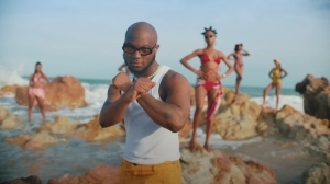 King Promise – Ring My Line ft. Headie One (Video)