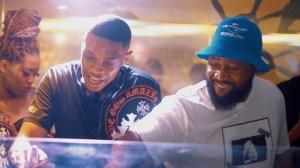 DJ Melzi – La Melza ft. Mkeyz & Mphow69 (Video)