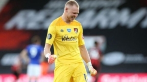 Sheffield United Re-sign Goalkeeper Ramsdale From Bournemouth