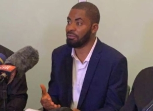 You Planted Planted Guns In Sunday Igboho's House' – Adeyanju Attacks Federal Government