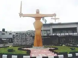 Fashion Designer Drags Her Husband To Court In Ibadan After Catching Him Doing This To Their Children