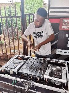 Fentse De Djy – Next Level Vol.15 Mix