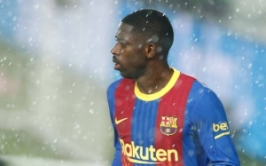 Barcelona slash Liverpool and Manchester United target's asking price as contract runs down