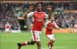 Kanu Finally Speaks On Alex Iwobi's Exit From Arsenal Football Club (See What He Said)