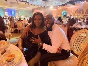 Davido Spotted Having Dinner With Girlfriend, Chioma (Video)