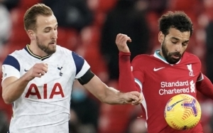 PSG eye up transfers of Liverpool and Tottenham stars to replace unsettled talisman