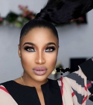 """May God Bless You"" - Reactions As Tonto Dikeh Transforms And Empowers 10 Single Mothers and Widows"