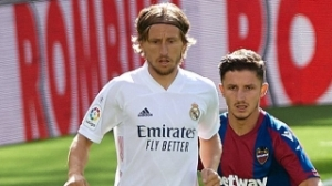 Luka Modric signs new Real Madrid contract
