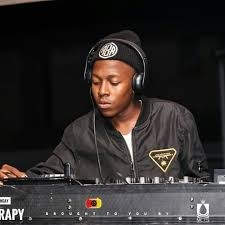 Vigro Deep – LockDown House Party (Ziyawa Amapiano)