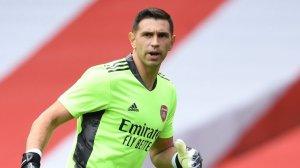 New Arsenal goalkeeper undergoes medicals as Arteta lands Martinez's replacement