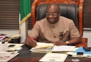 Ikpeazu Commissions New Molecular Laboratory, Infectious Disease Hospital In Aba