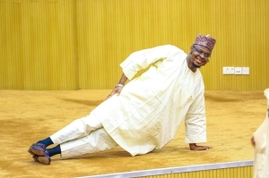 Minister of Communications and Digital Economy, Dr Isa Pantami demonstrates exercise tips in Kaftan (photos)