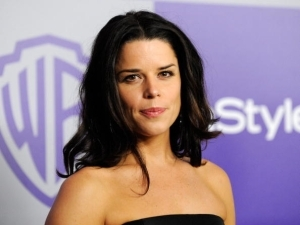 Age & Net Worth Of Neve Campbell