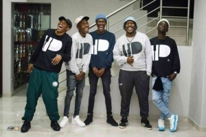 Kabza De Small, Nkulee 501 & Skroef28 – Top Dawg Sessions Mix