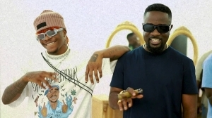 Sarkodie – Non Living Thing ft. Oxlade (Video)