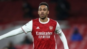 Arsenal open to offers for captain Aubameyang