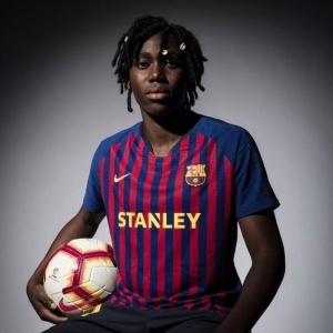 Breaking News: Super Falcon Star Asisat Oshoala Loses Mom