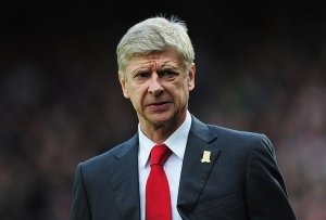 Former Arsenal Boss, Wenger Gives PSG Advice On Messi Deal