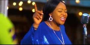 Funke Akinokun – Absolutely Wonderful (Video)